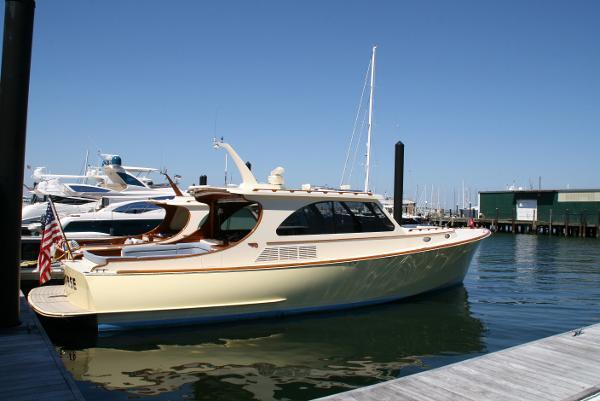 Hinckley Talaria 43 SEAHORSE