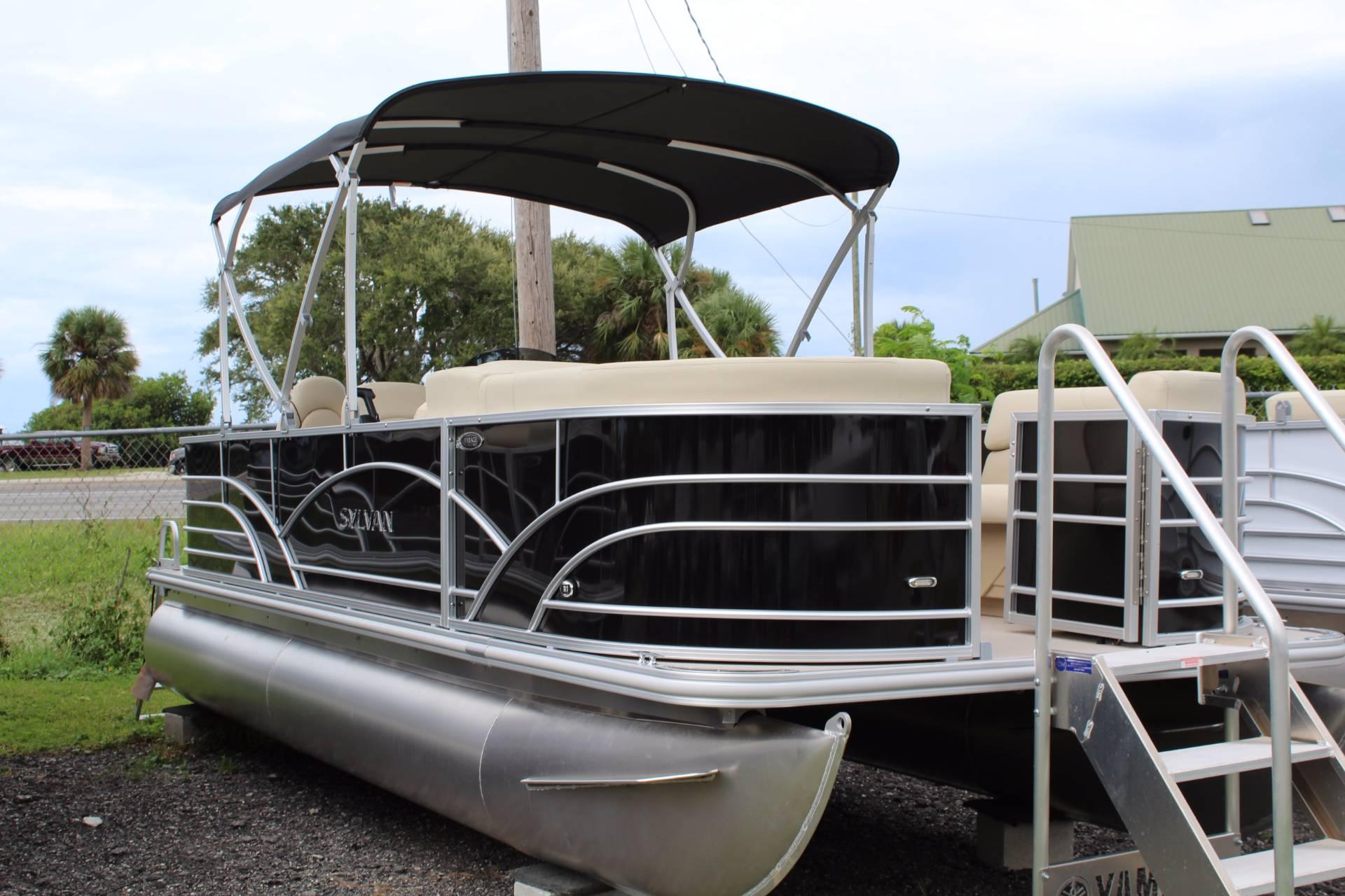 Sylvan 820 Cruise N Fish