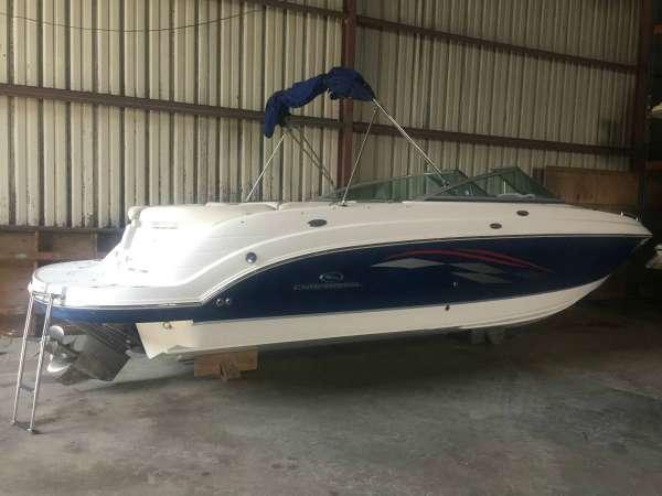 Chaparral 256 SSi Sportboat