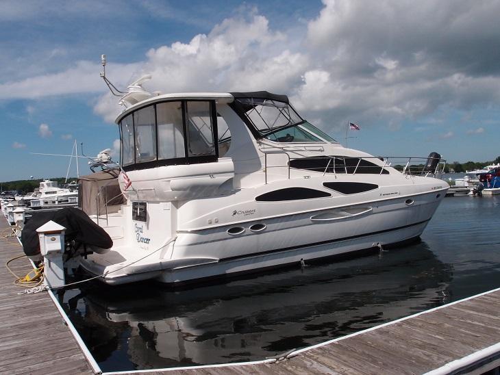Cruisers Yachts 4050