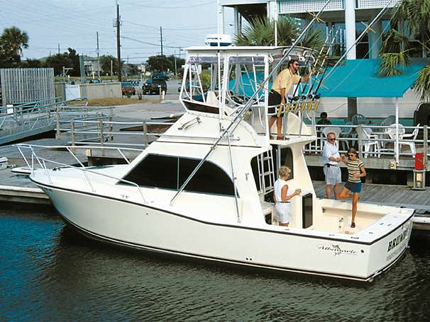 Albemarle 325 Convertible Manufacturer Provided Image