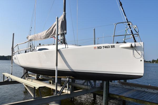 J Boats J88