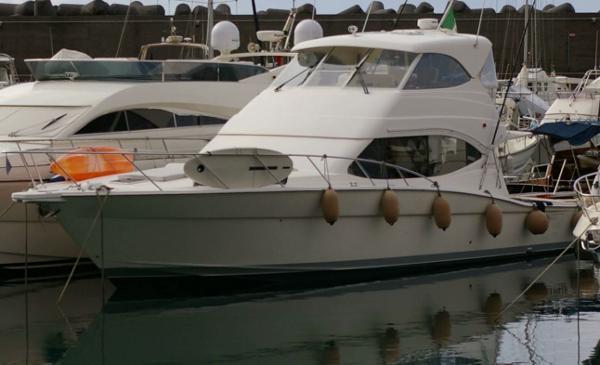 Maritimo 500 Maritimo 500, bow profile