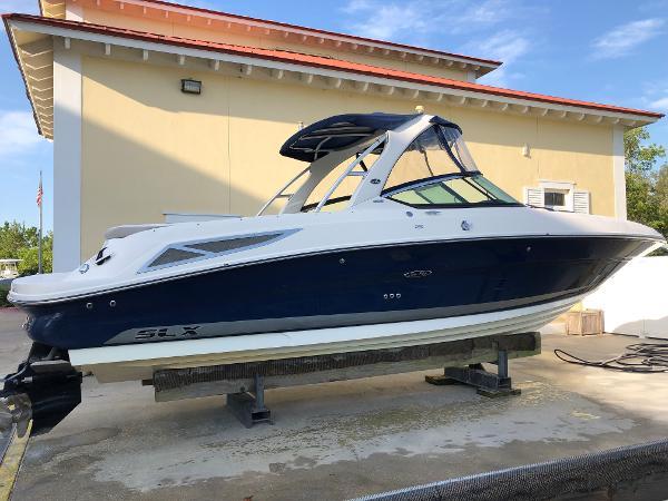 Sea Ray 300SLX