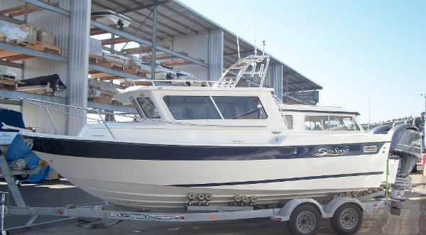 SeaSport Sportsman 2200