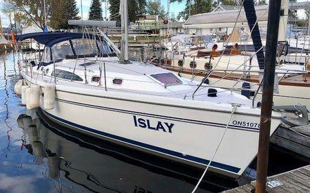 2008 Catalina 375, Whitby, Ontario - boats com