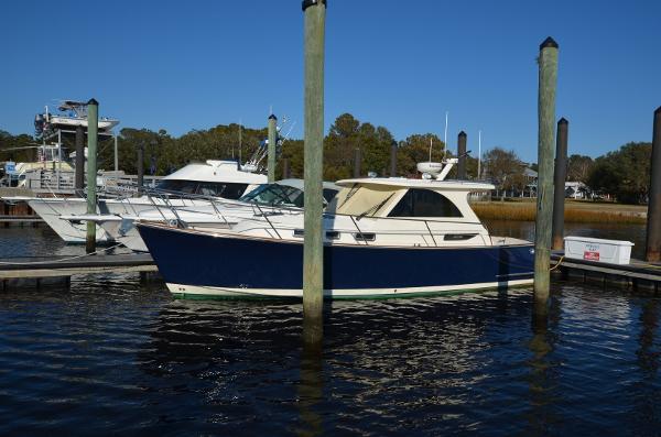 Legacy Yachts Legacy 32
