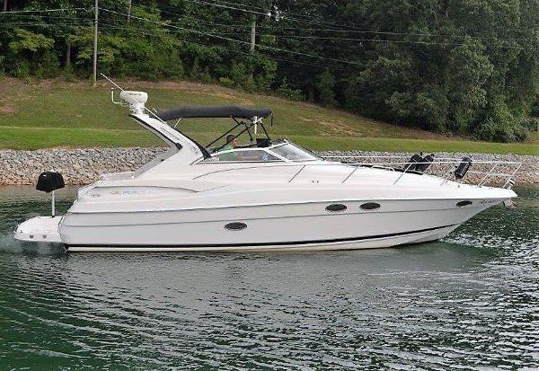 Regal 3560 Regal Starboard profile