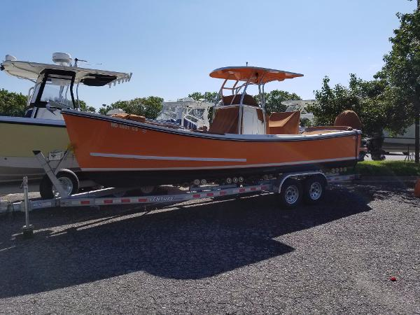 Eastern 24′ Eastern Classic Center Console