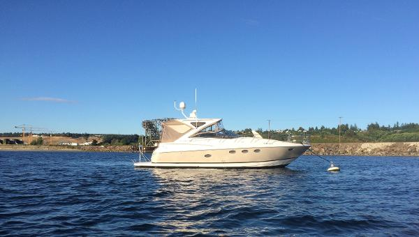 Regal 4060 COMMODORE SPORT YACHT