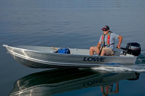 Lowe 1257 Utility V