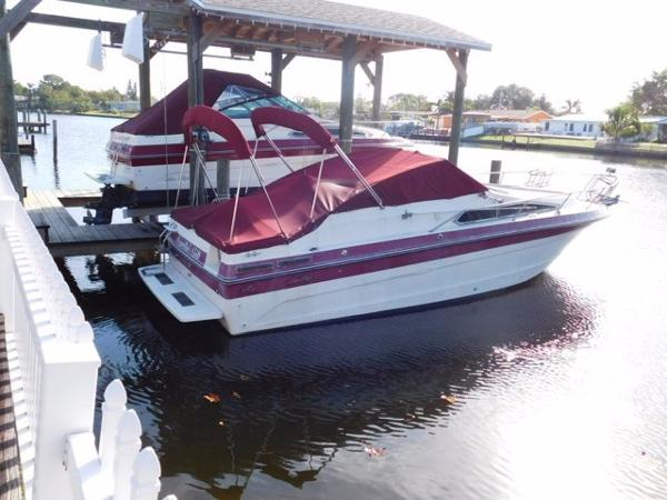 Sea Ray 268 Cruiser Profile