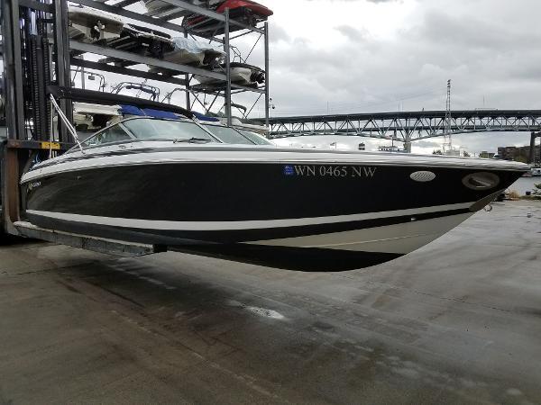 Celebrity 240 status boat
