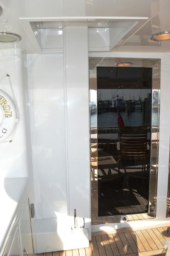 Aft Deck Wheelchair Lift