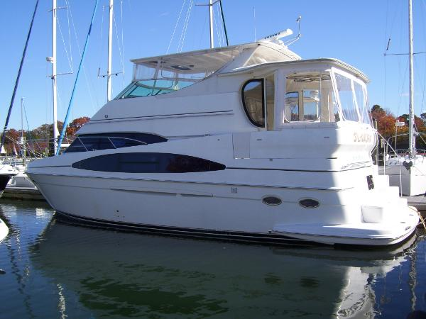 Carver 466 Motor Yacht Hardtop
