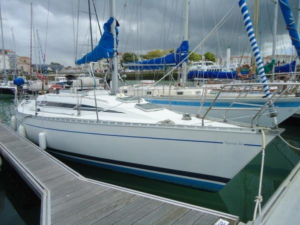 Beneteau First 325 FIRST 325