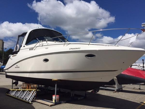 Rinker 330 Express Cruiser Starboard Side