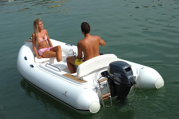 Capelli TEMPEST 460 capelli_inflatable_boat_ribs_tempest360_yacht_tender03