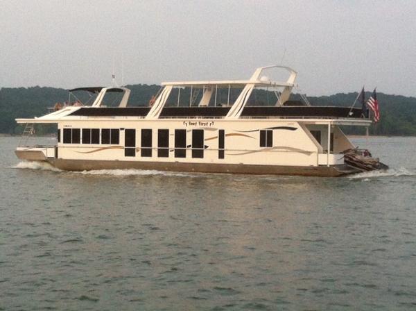 Fantasy Houseboat