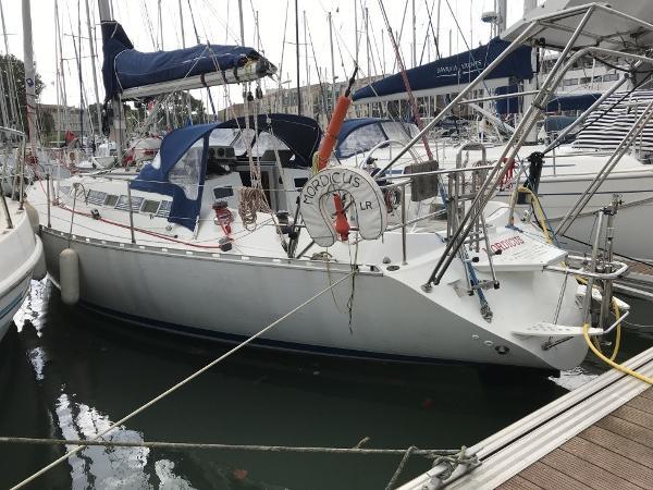 Beneteau First 375