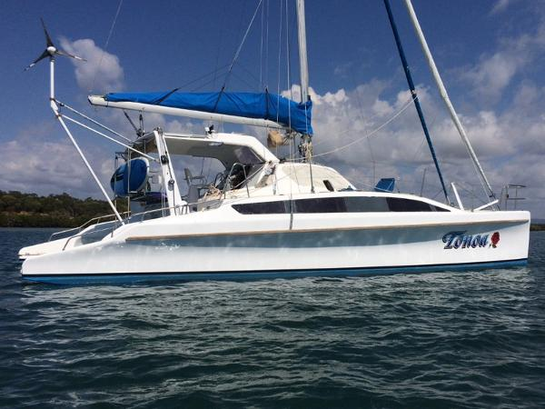 Catamaran Chamberlin Regis 12