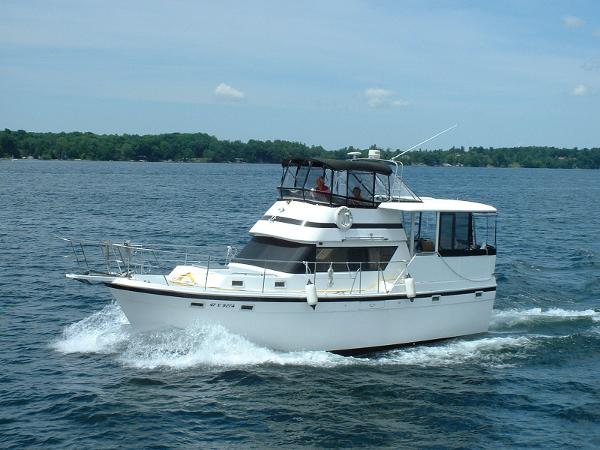 Gulfstar 38 Motor Cruiser Starboard and bow view