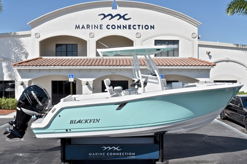 Blackfin 212CC Center Console
