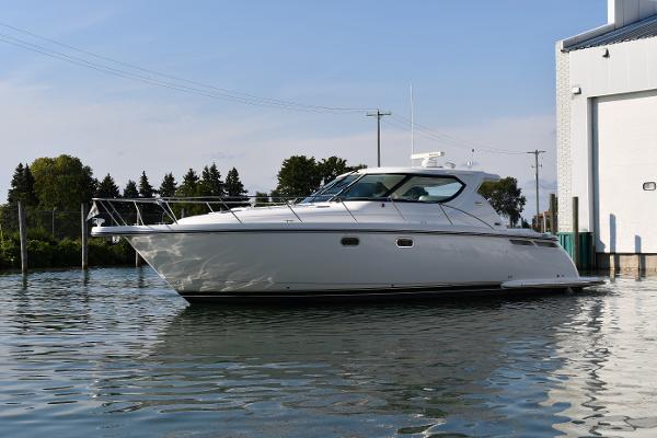 Tiara 4300 Sovran Port Profile