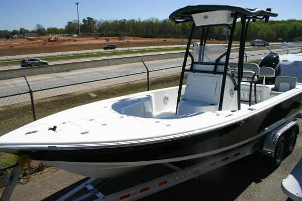 Sea Pro 228 Bay Deluxe