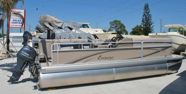 PREMIER BOATS Leisure SunSpree 220