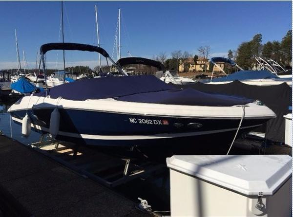 Regal 2200 Bowrider