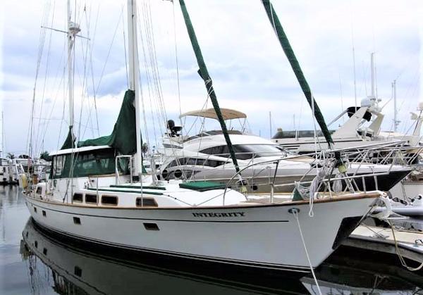 Aleutian CC Ketch 51 Dockside Starboard