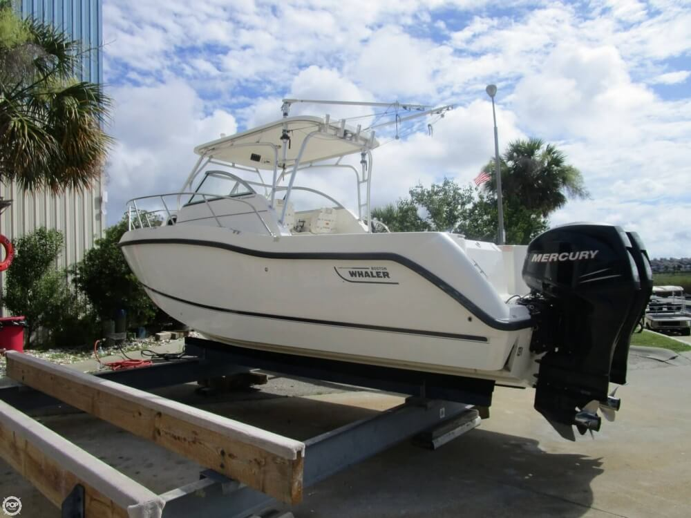 Boston Whaler 255 Conquest 2006 Boston Whaler 255 Conquest for sale in Little River, SC