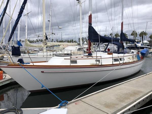 Gulfstar G43 Dockside