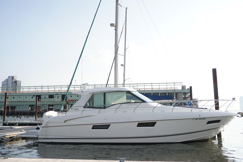 Cruisers Cantius 48
