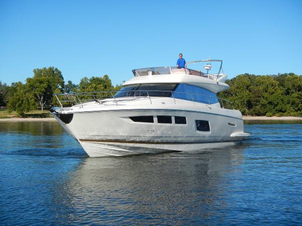 Prestige Yachts 550 Fly