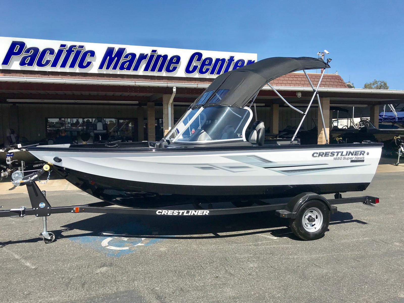 Crestliner 1650 Super Hawk w/ 115HP Mercury 4 stroke
