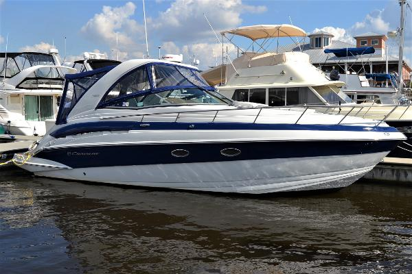 Crownline 330 SY