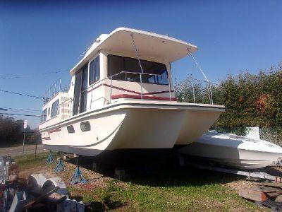 Holiday Mansion Barracuda 36'