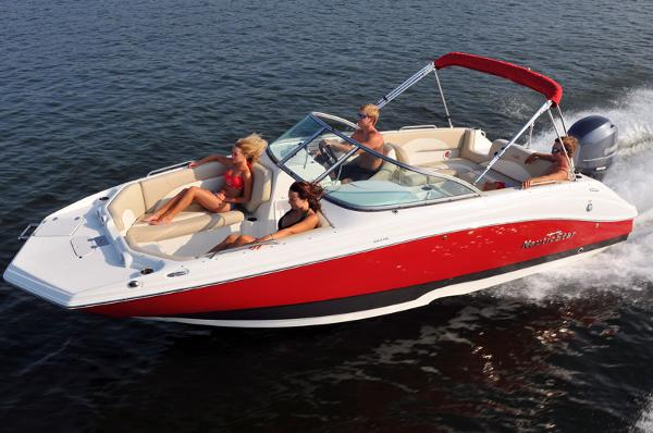 Nautic Star 223DC Sport Deck