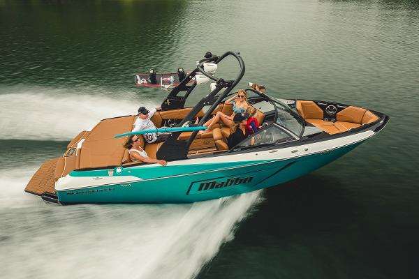 Malibu Wakesetter 22 LSV Manufacturer Provided Image