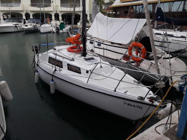 Sailboat Daimio 23