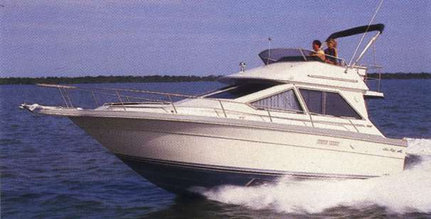 Sea Ray 305 Sedan Bridge Manufacturer Provided Image