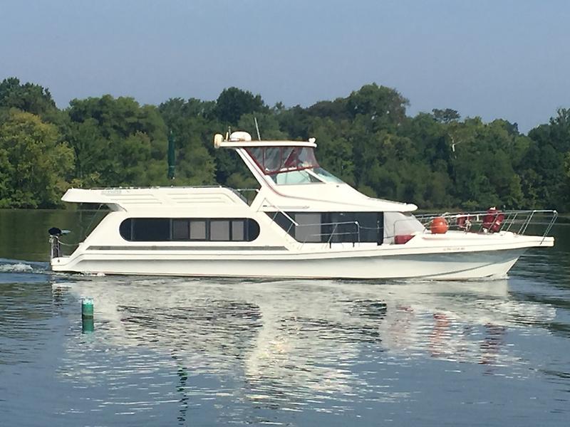 Bluewater Yachts 53 Cabin Yacht IMG_4254.JPG