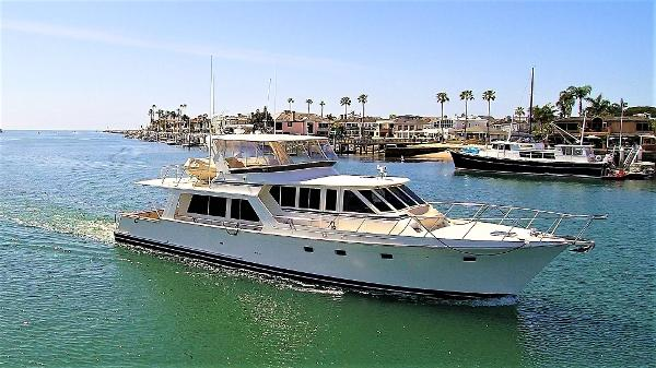 Offshore 62 Pilothouse Profile 1