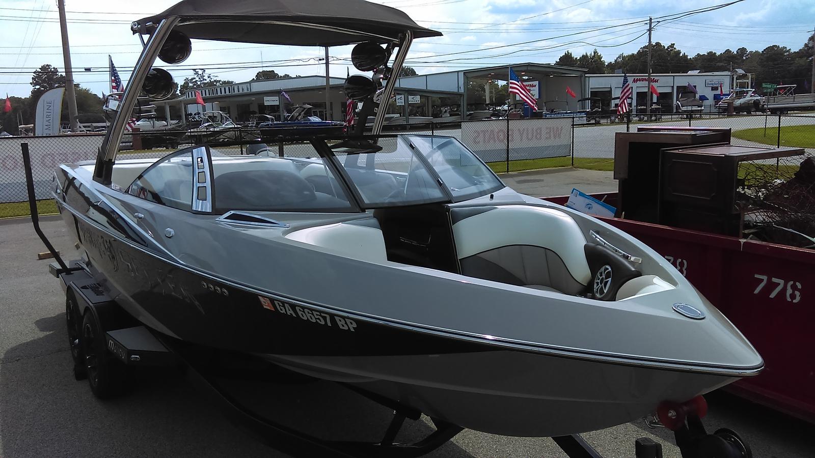 Malibu Boats LLC 247 LSV