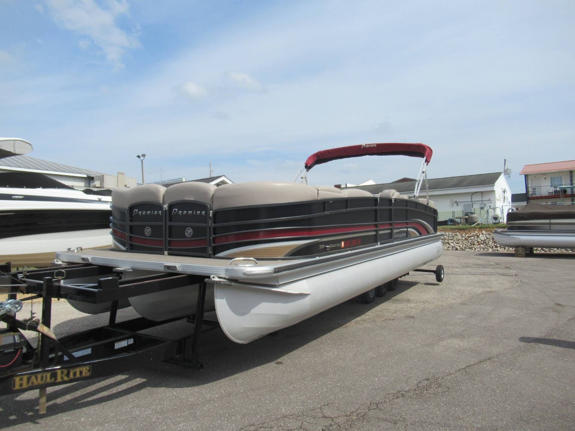 Premier 290 Grand Isle SL