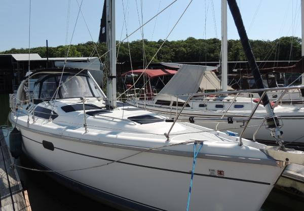Hunter 380 Stb. Bow