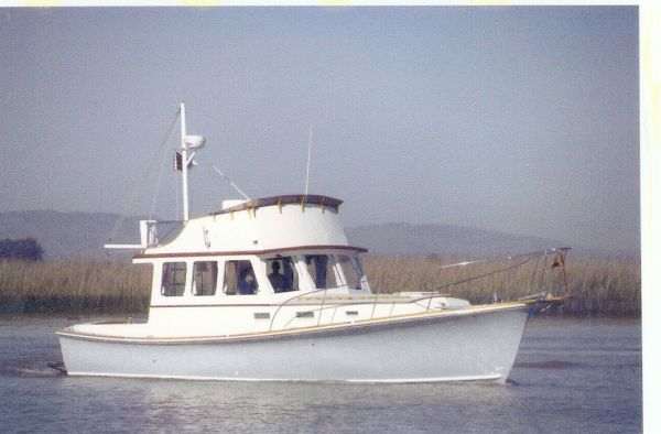Dyer Fly Bridge Trawler Photo 1