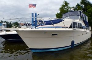 Chris-Craft Catalina 350 boats for sale in Virginia - boats com